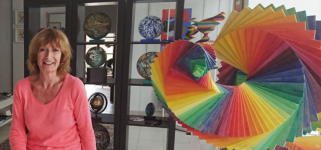 Caroline White dans son atelier